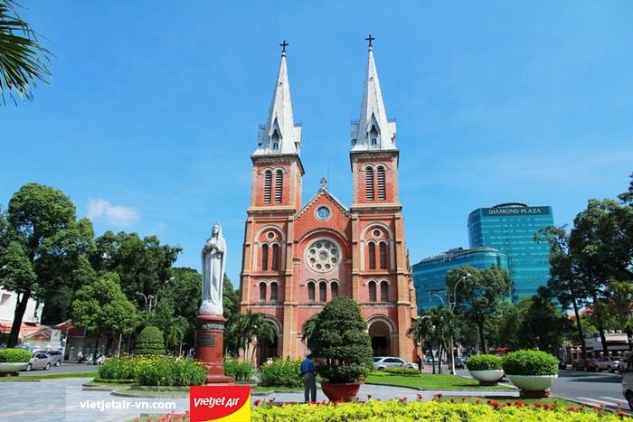 Nhà thờ Đức Bà - Sài Gòn