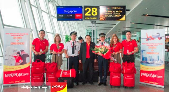 Vietjet Air khai trương đường bay Hà Nội - Singapore