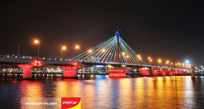 Cầu quay sông Hàn