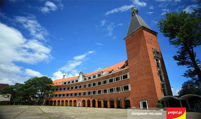 Trường cao đăng sư phạm Đà Lạt có kiến trúc độc đáo của Châu Âu