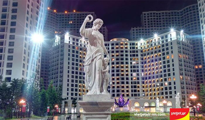 Royal city về đêm
