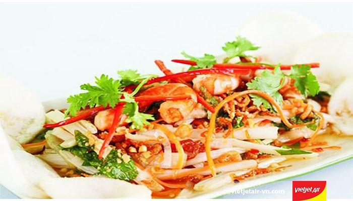 Gỏi tôm mực Thái Lan