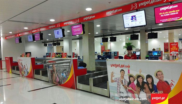 Khu vực tiến hành làm thủ tục cuả sân bay Tân Sơn Nhất