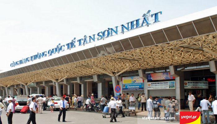 Sân bay quốc tế Tân Sơn Nhất được xây dựng vào năm 1930
