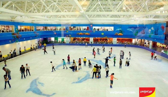 Trượt băng tại Royal city