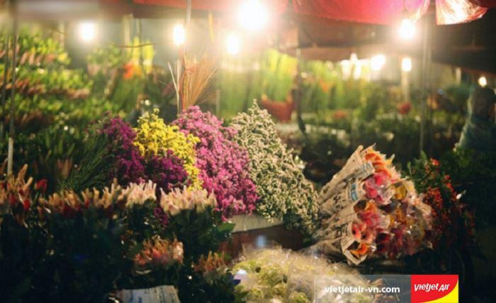 Đến chợ hoa cũng sẽ đem đến cho bạn trải nghiệm tuyệt vời