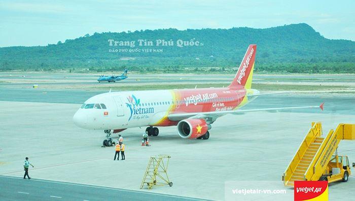 Sân bay là điểm trung chuyển của nhiều hãng hàng không