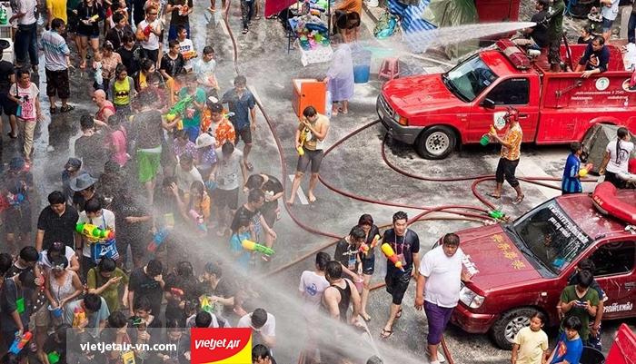 Lễ hội Songkran ở Thái Lan
