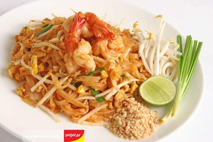 Pad Thái món ăn đặc trưng của Thái Lan
